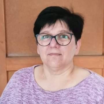 https://salon-vilinka.si/wp-content/uploads/2021/04/Romana-Pernar.jpg